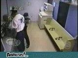 Bagarre au poste de police
