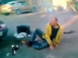 TROKTIKO2 - Έσκασε ο αερόσακος (Airbug)
