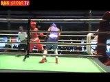 Patrick MENAGERE- coin bleu(Madagascar-Toamasina) bat Tony BEGUE- coin rouge (Réunion). Boxe anglaise