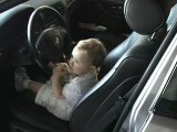 Lucas dans la voiture à 20 mois