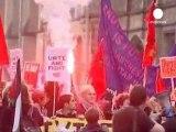 Congrès des Tories à Manchester : Cameron conspué par...