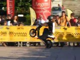 mekatrix stunt avec une mob electrique dark dog 2011