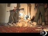 Libia, ribelli in festa: preso villaggio natale del rais-VideoDoc. Le forze del Cnt: vittoria simbolica nella guerra contro Gheddafi