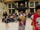 Flash mob Flash Dance Oriocenter Clip 2