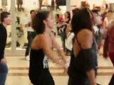 Flash mob Flash Dance Oriocenter Clip 6