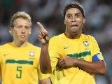 Brésil : le sublime coup franc de Ronaldinho