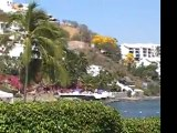 Cliffside hotels, Acapulco Bay Mexico
