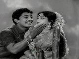 Deiva Thirumagal - Muthuraman Romance Scene