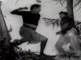 Deiva Thirumagan - Ashokan Fighting With Villain
