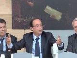 François Hollande, candidat à l'élection présidentielle, s'exprime devant le groupe SRC à l'Assemblée Nationale le 18 octobre 2011