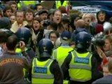 OCCUPY MELBOURNE: Riot police clash with protesters