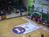 Crazy-Shot au buzzer de 25m de Moustafa Diallo à la mi-temps de Blois-SEMB (NM1)