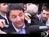 Pd in Piazza, Renzi contestato: libertà di opinione -VideoDoc. Il sindaco di Firenze: il partito sia davvero democratico