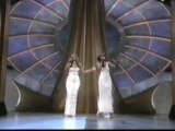 "Whitney Houston - Mariah Carey  ""When You Believe Live"""
