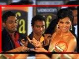 Lara Dutta shows her BOOBS at IIFA awards