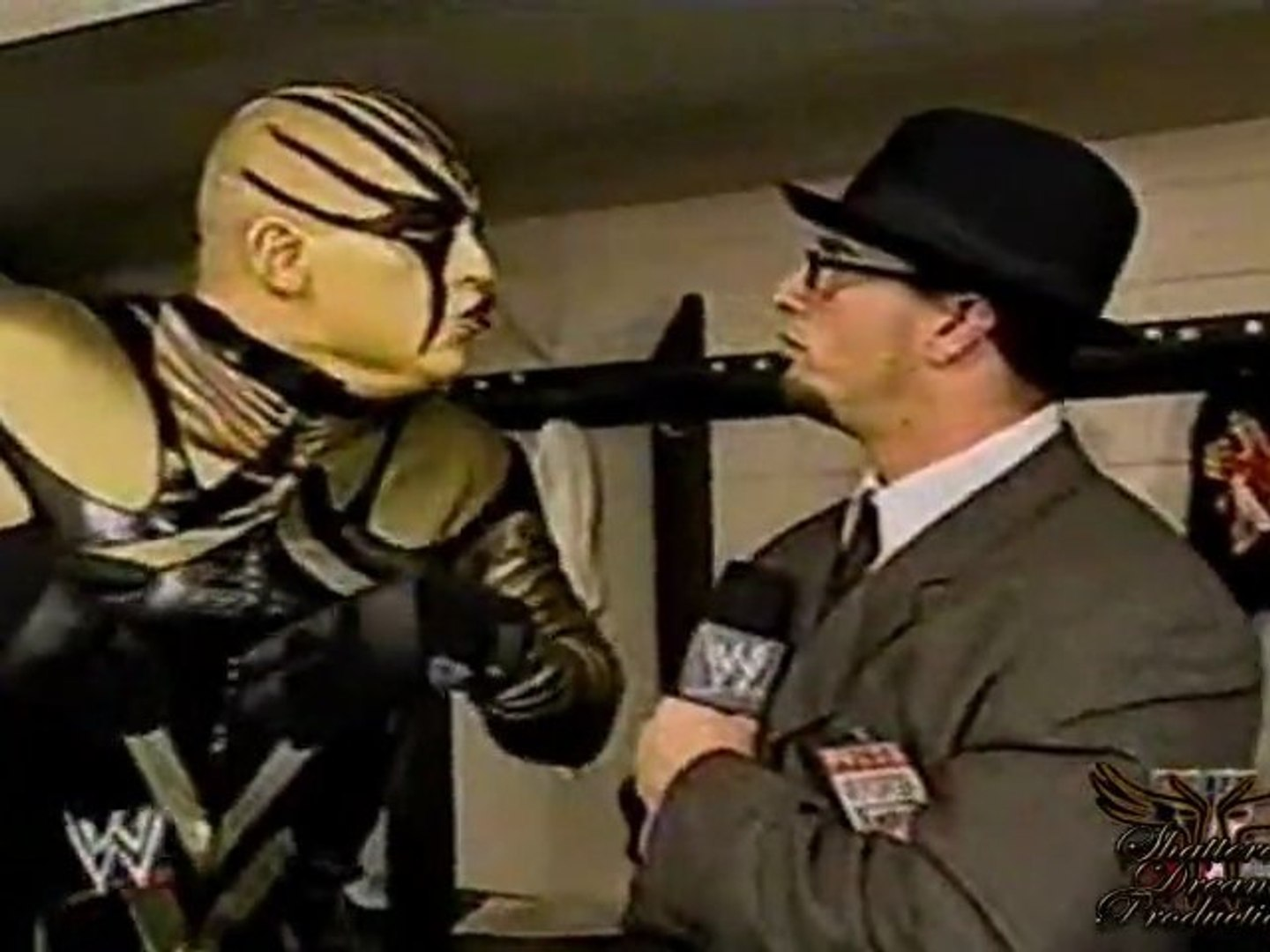 Goldust Discusses His 'Golden Globes' - Raw - 11/11/02