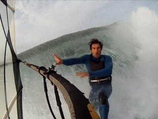WindSurfing Wipe-out with 4 knots & 6 feet