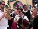 Danse bretonne - Concours Faltazian au festival Kann al loar de Landerneau, Bretagne