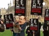 Grande-Bretagne: James Murdoch, mis sur le grill et traité de chef mafieux — Euronews