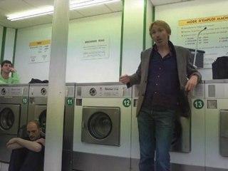 Chanson des Escargots qui vont a l'enterrement (Jacques Prévert) - @ Lavomatic Tour (Saison 5 - 2011-10-05)