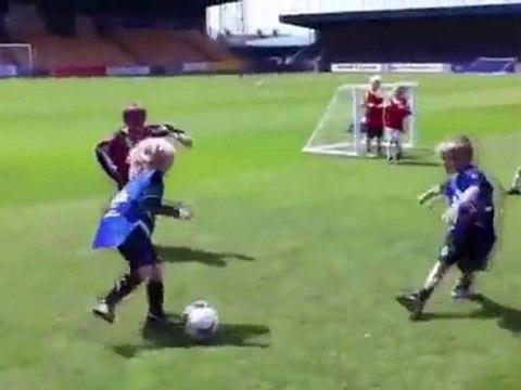 Charlie Jackson, 5 ans, nouvelle recrue de Manchester United