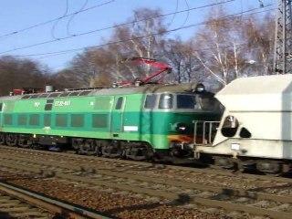 Lokomotiva ET 22-881 - Rudoltice v Čechách, 27.11.2011 HD