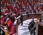 Le député Hervé FERON interpelle le Premier Ministre sur la situation de plus en plus précaire des jeunes en France.