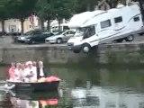 0434 - Régis se gare avec son Camping Car