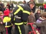 TELETHON 2011 : les enfants en pompiers d'un jour à Le Tourneur (14-Calvados)