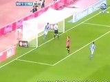 Victor Ibarbo đi bóng qua ba hậu vệ và thủ môn Cagliari rồi ghi bàn vào lưới trống