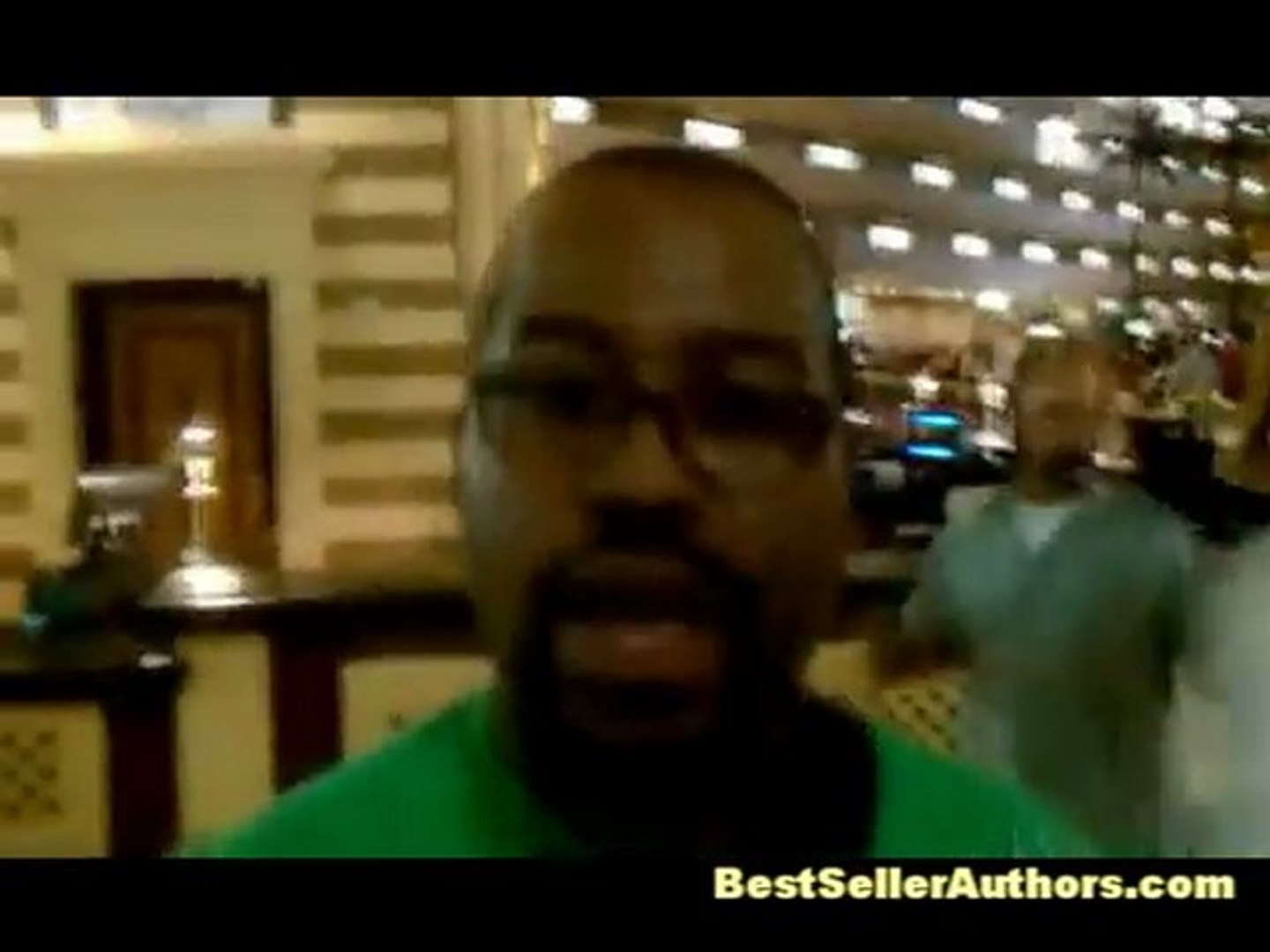 Warren Whitlock Interviews With Blogworld Bloggers