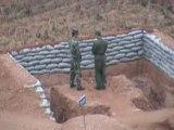 Un militaire chinois lance une grenade FAIL