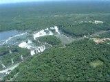Chutes d'Iguazu vues d'hélicoptère