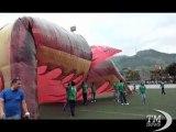 Colombia, lo show dei palloni giganti: volano col calore del Sole. Folla entusiasta al Festival di Medellin