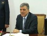 Cumhurbaşkanı Gül, valiliğe gelişinde gazetecilerin gündeme ilişkin soruları cevapladı