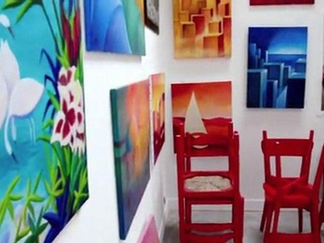 Visite de l'atelier L'Hirondelle et son espace d'exposition à Portsall
