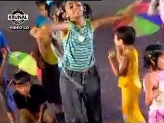 Kids Videos - Tap Tap Tap Kay Baher Vajatay - Paus Aala Mottha