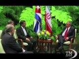 """Cuba, Ahmadinejad incontra fratelli Castro e attacca capitalismo. Il presidente iraniano all'Avana: """"capitalismo in decadenza"""""""