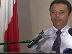 L ex president malgache Ravalomanana annonce son r