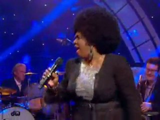 Betty Wright -  In The Middle Of The Game (live)