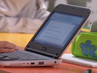 Publicité Smart-e. Le netbook renforcé, adapté à l'éducation