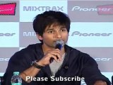Bollywood Prince Shahid Kapoor Comments On Ranveer Singh @ Launch Of 'Pioneer Mixtrax'
