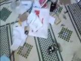 فري برس   حمص باباعمرو اقتحام بيوت الآمنين و تخريب المنزل 8 11 2011