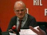 """Faut-il un plan d'urgence contre le surendettement ? Le """"Débat"""" avec Jean-Louis Kiehl, président de l'association Crésus"""