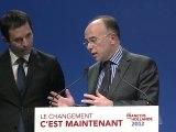 """Benoît Hamon et Bernard Cazeneuve: """"Le candidat Sarkozy cruel commentateur du bilan du président Sarkozy"""""""