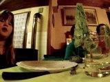 Alexia au repas de famille