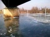 Glace sur la Saône autour du pont de belleville