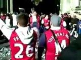Les supporters d'Arsenal débarquent en masse à Milan