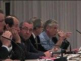 """réunion sur les barrages à Isigny-le-Buat (50) - #2 - intervention de John Kaniowski, pdt des """"amis du barrage"""""""