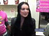 Lindsay Lohan Auctions Milkshakes at Millions of Milkshakes